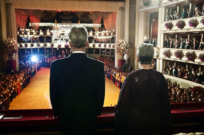 Bundespräsident Heinz Fischer mit Margit Fischer bei Opernballbesuch in der Mittelloge.
